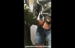 Banheirão gay 2018-nova pegação entre machos