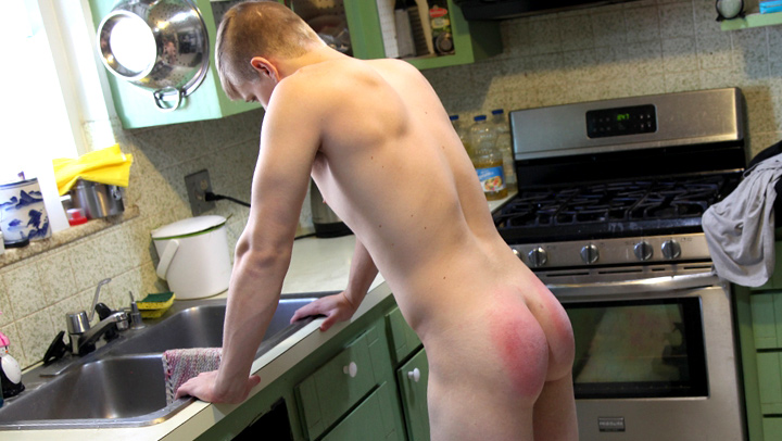 realmalespankings_nick-kitchen2