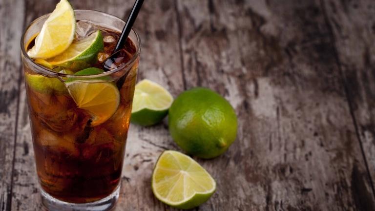 1965-cuba-libre-cocktail-recipe-cuba-libre-coke-rum-and-lime-juice-cuba-cocktails