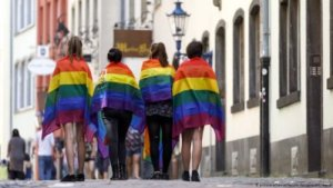 ", 50 years of Pride biggest in Cologne means ""Many together, strong"": Tourists welcome, Buzz travel 