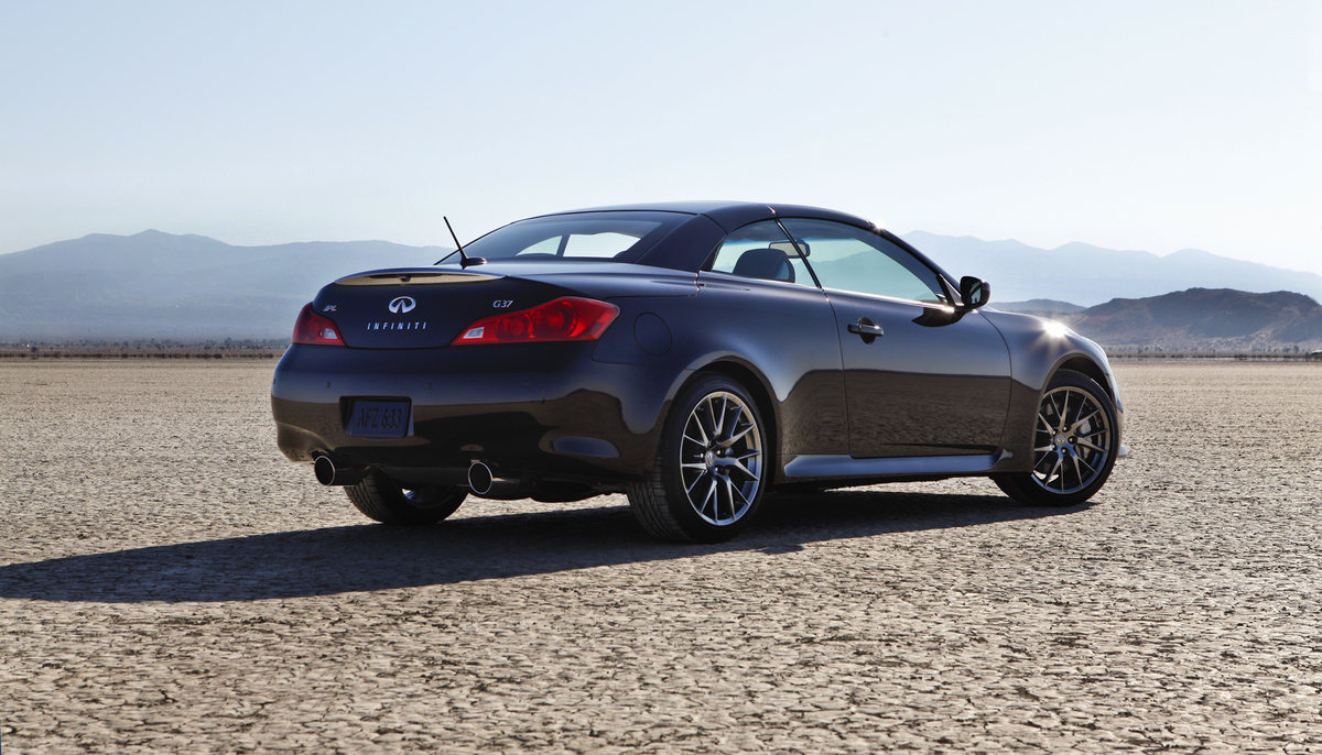 2013 infiniti g37 convertible conducts itself well gaywheels last year vanachro Image collections