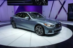2014 Infiniti Q50 at the 2013 Detroit Auto Show (photo by Sam Miller-Christiansen)