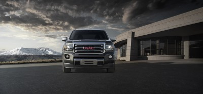 2015 GMC Canyon with signature C-shaped lamps