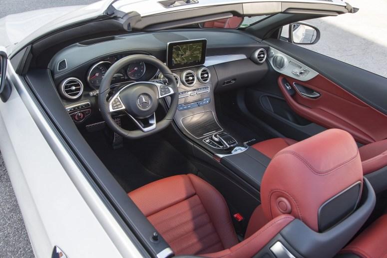2017 Mercedes-Benz 300 Cabrio