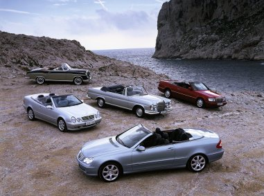 Family group photo of the open-top models: the Mercedes-Benz CLK-Class Cabriolet of the A 209 series and previous models from 1956 through 2003.