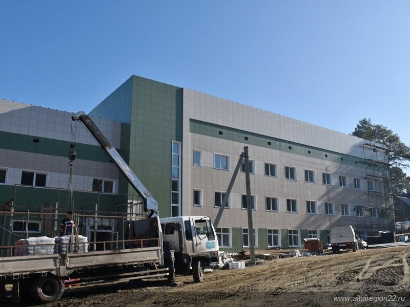 Один из крупнейших детских реабилитационных центров Алтайского края открывается после реконструкции