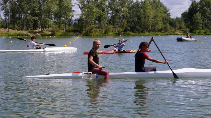 «Спортивная школа олимпийского резерва по гребле на байдарках и каноэ имени К. Костенко» проводит набор юношей и девушек
