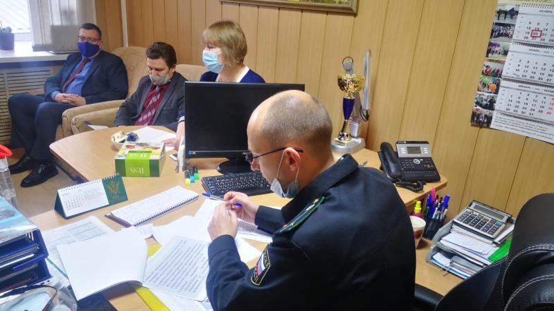 В УФССП России по Алтайскому краю прошла встреча с представителями учебных заведений Барнаула