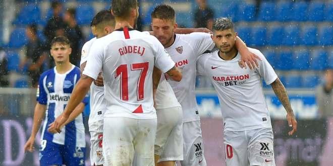 إشبيلية يهزم ألافيس ويتصدر الدوري الإسباني
