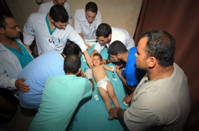 The tenderness of a medical crew. Summer 2014 war on Gaza