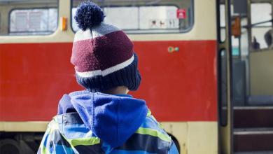Депутат предлагает законодательно запретить высаживать детей из автобусов