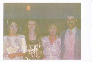 Diane şi Roger Lalande, cei doi canadieni care vânau copii pentru adopţii în România, împreună cu cele două fete ale lor.