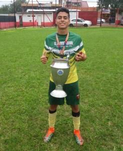 Rosariense conquista títulos pelo Grêmio Esportivo Nacional 649f10564d49c