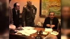 """cum-au-preluat-armata-si-iliescu-puterea-in-decembrie-1989.-decizia-referitoare-la-revolutionarii-care-bateau-la-usa:-""""trebuie-sa-scapam-de-astia"""""""