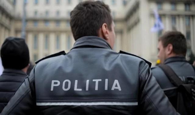 Politisti retinuti la Bucuresti