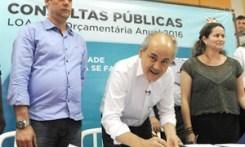 Fruet assina ordem de serviço para construção de mais três CMEIs na Regional Pinheirinho