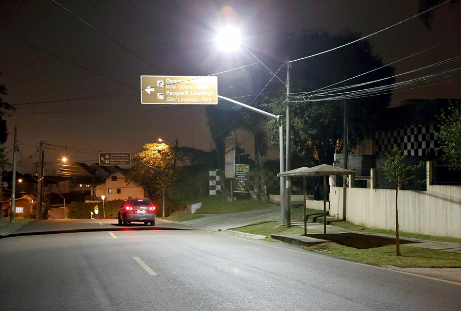 Investimento de R$ 90 milhões melhora iluminação por toda a cidade