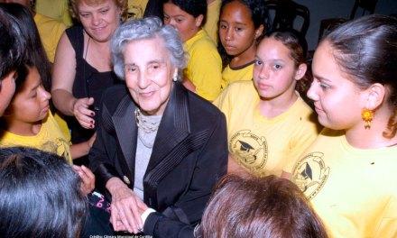 Flora Munhoz da Rocha será nome de escola no Tatuquara