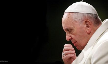 Papa Francisco chama atenção para horóscopo!