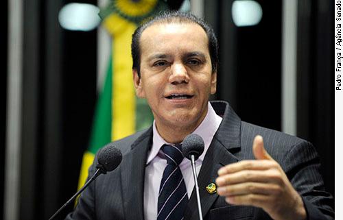 Em discurso na tribuna do Senado, Senador Ataídes de Oliveira (PSDB-TO)