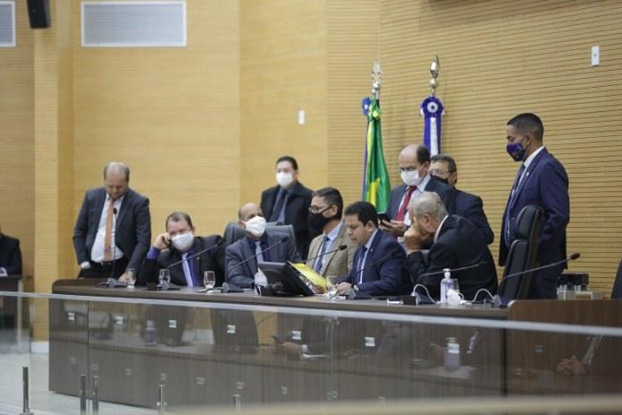Em sessão ordinária, deputados votam vetos do Executivo