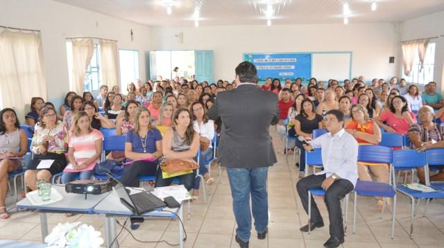 PÚBLICO COM PROFESSOR MESTRE DIEGO ANDRADA