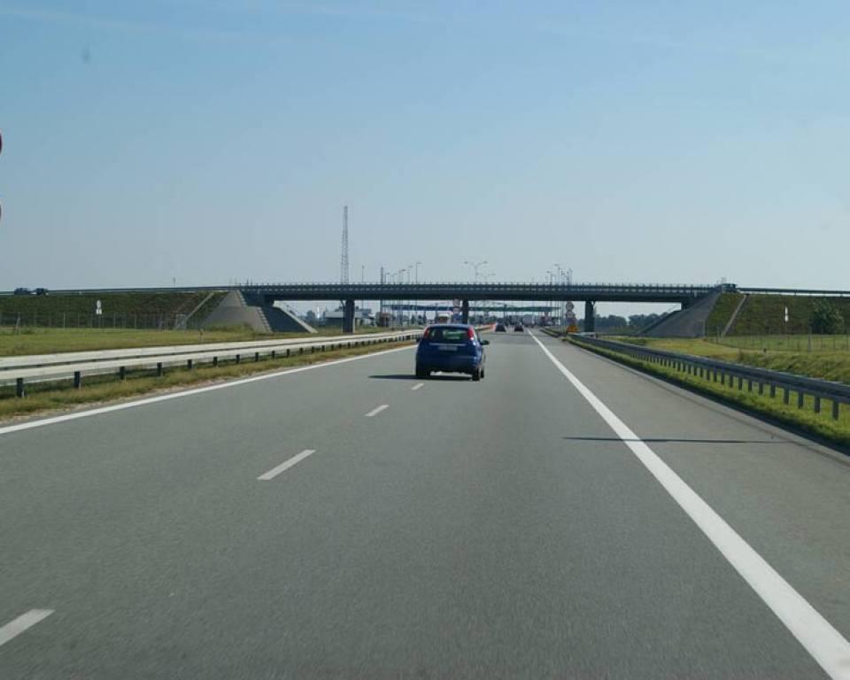 Emil Boc şi Anca Boagiu au inspectat lucrările la Autostrada Bucureşti – Ploieşti