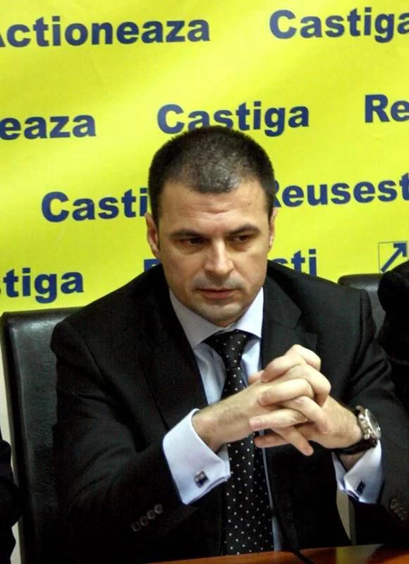 """""""Veți propune înlocuirea lui Semcu din conducerea CJ Prahova?""""/ Mircea Roșca răspunde: """"POSIBIL DA"""""""