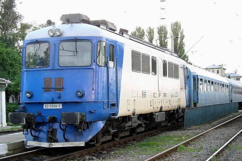 Maşină lovită de tren la Făget