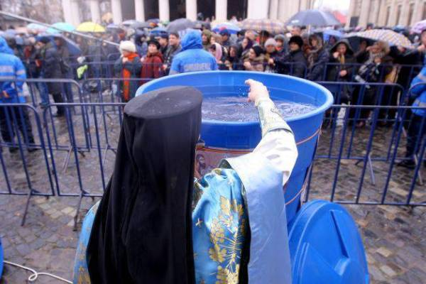 Jandarmii vor supraveghea manifestarea de Bobotează de la Mănăstirea Ghighiu