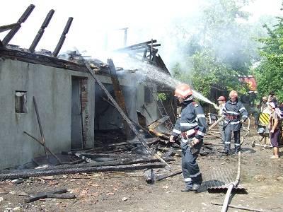 Săptămâna a început cu accidente, incendii şi zeci de intervenţii ale SMURD