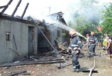 Peste 250 de incendii în minivacanța de Revelion