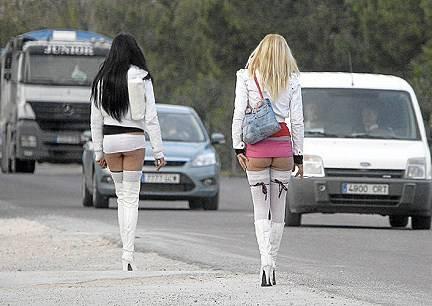 1 milion de euro obţinuţi din exploatarea femeilor puse să se prostitueze. Vezi detalii