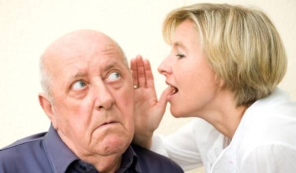 Aproape 70% dintre prahoveni, diagnosticaţi cu probleme de auz