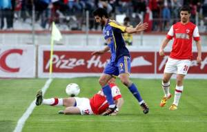 Hamza_Younes_cu_Dinamo_enational.ro