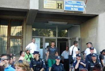 Miting post-electoral : Volosevici are de partea sa 100 oameni, însă nu şi BEM-ul