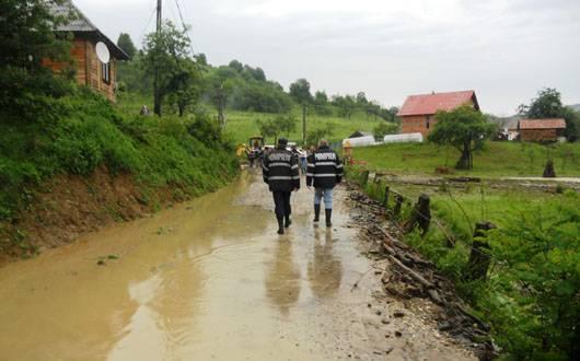 Ploile au făcut prăpăd în Prahova în ultima lună. Află câte localităţi au fost afectate