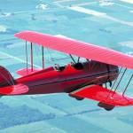 PLOIEŞTI/Oferă un cadou inedit: un survol, cu avionul, deasupra municipiului