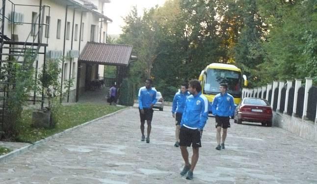 """""""Lupii"""", prin pădure la Razgrad, cu gândul la antrenamente, meciul-test cu Ludogoreț și revenirea la Liga 1"""