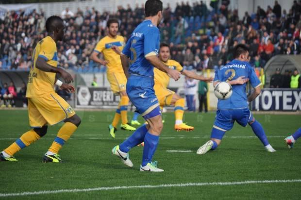 Punct ochit, punct lovit în Moldova! Petrolul a câștigat cu un gol creat de doi jucători veniți de pe bancă