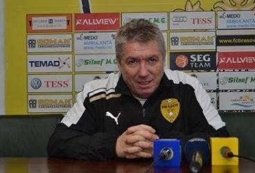 Chiar și fără patru titulari, antrenorul echipei FC Brașov nu cedează lupta cu Petrolul!
