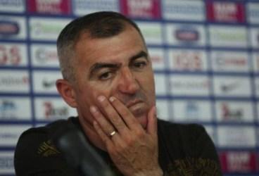 """Un antrenor simpatizat de fanii Petrolului e dezamăgit de Mutu. Nu și simpatizanții """"Briliantului"""""""