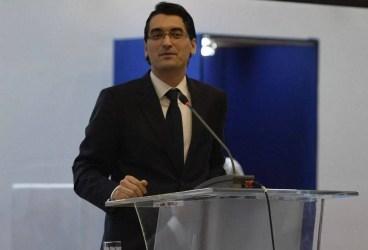 După domnia Nașului, alegerea lui Răzvan Burleanu ca șef al FRF – o rază de speranță. Dar și o obligație imensă a lui!