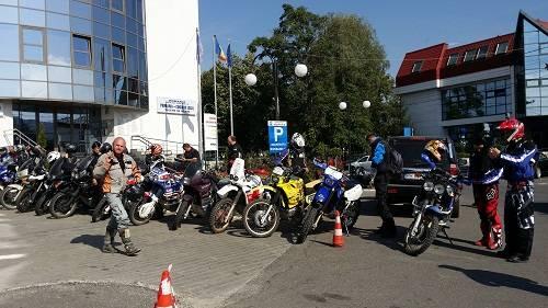 Motociclişti din toată ţara  şi-au stabilit tabăra la Vălenii de Munte