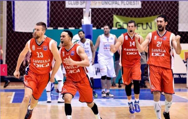 All treilea eșec consecutiv în 2015 pentru campioni! Meci cu final nerecomandabil cardiacilor cu CSM Oradea