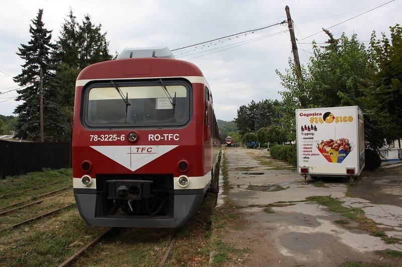 VIDEO – Bărbat lovit de tren la Slănic