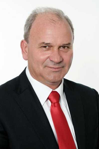 Florin Constantin – victorie categorică la Vălenii de Munte. Edilul a obţinut 70% din voturi