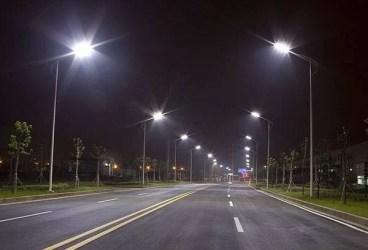 Reţea de iluminat cu leduri la Bucov