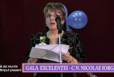 VALENII DE MUNTE la timpul prezent 18 dec 2015 Gala excelentei p 1