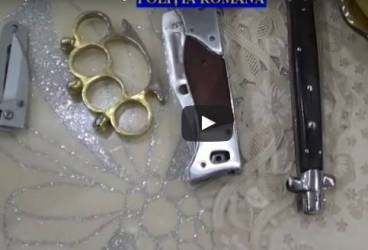 VIDEO – Percheziţii la suspecţi de şantaj şi cămătărie